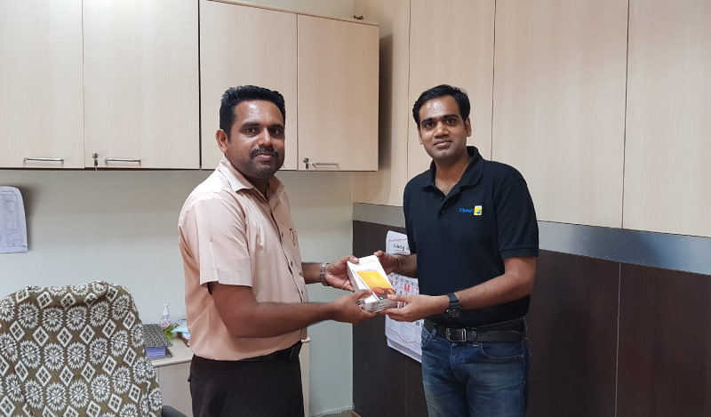 Flipkart Customer Connect - Vinod VP (L) with Flipster Manu Sasidharan